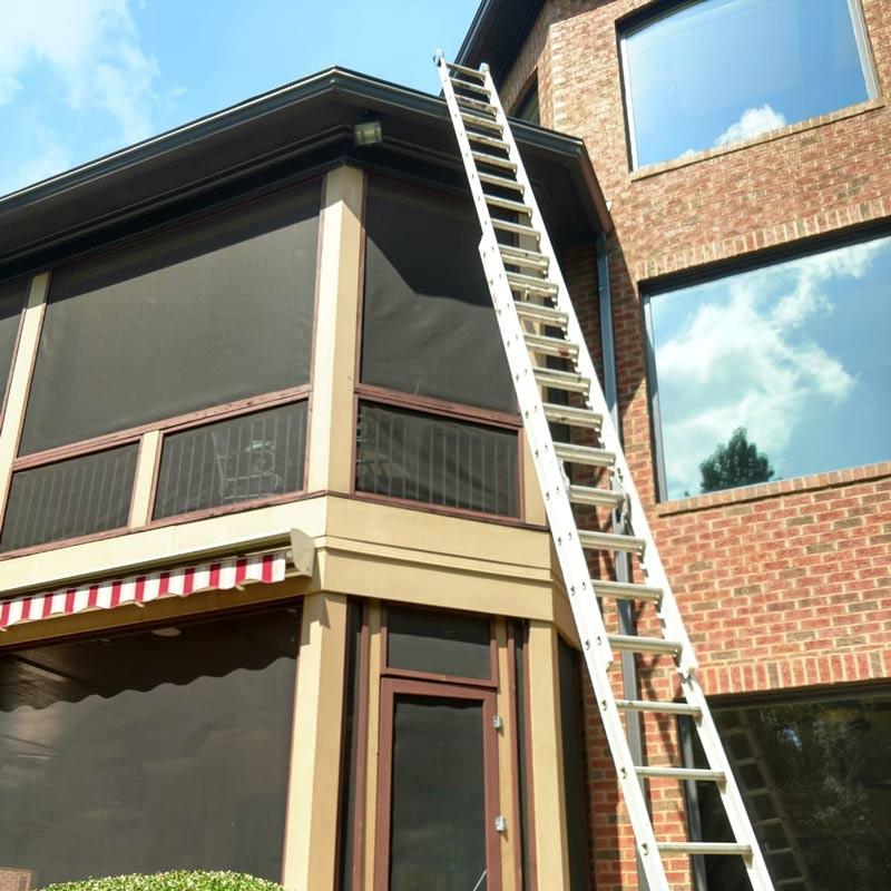 Gutter Cleaning In Greenville Sc Spartanburg Sc Roofline Seamless Gutters